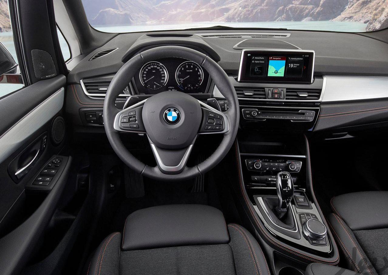 مشخصات BMW 2 Series Activetourer