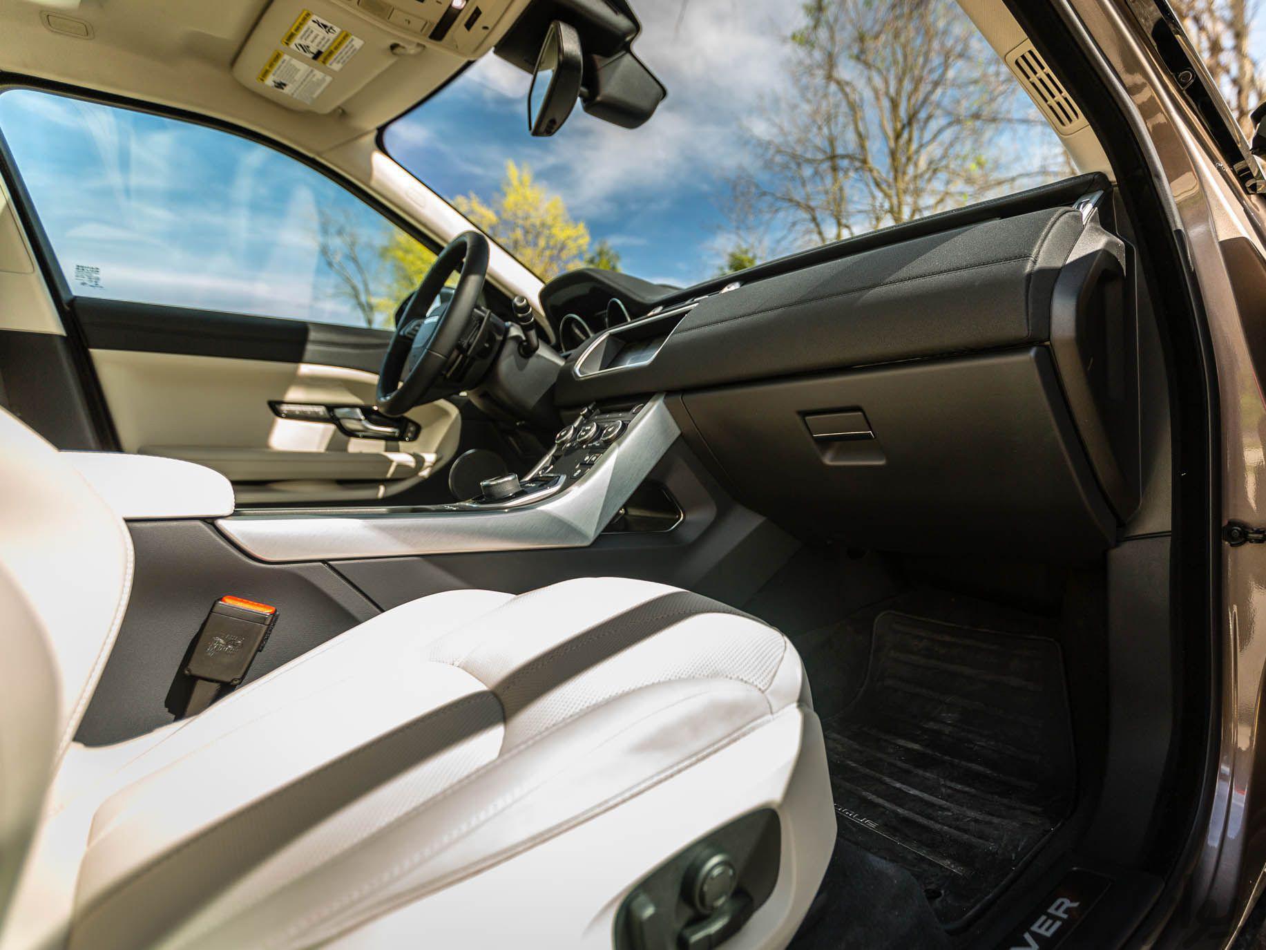 مشخصات Land Rover Range Rover-Evoque
