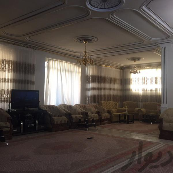 فروش آپارتمان با سه مغازه و زیرزمین آپارتمان تبریز دیوار