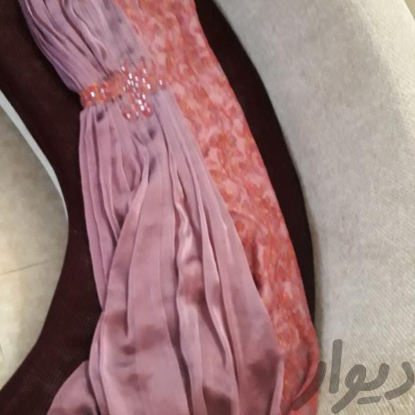 دو دست لباس مجلسی زنانه بسیار شیک|لباس|ساری|دیوار