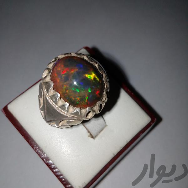 انگشتر اپال جواهرات قم توحید دیوار