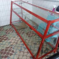 ویترین شیشه ای مغازه بدون خط و خش فروشگاه و مغازه ارومیه دیوار