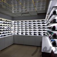 کفش کتونی معین|عمده فروشی|قزوین|دیوار