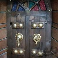 تابلو درب قدیمی آینه دار تزئینی و آثار هنری تهران_نارمک دیوار